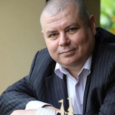 Олександр Антиков